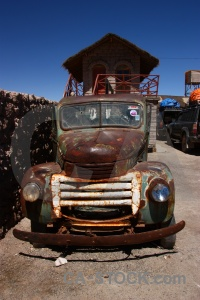 Old rust vintage andes lorry.