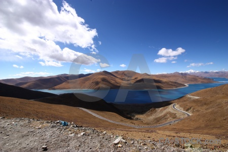 Pass cloud altitude tibet kamba la.