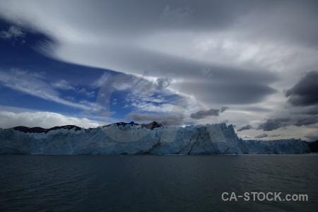 Patagonia lago argentino glacier perito moreno cloud.