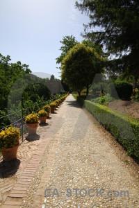 Pathway la alhambra de granada park path fortress.