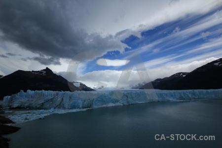 Perito moreno argentina lago argentino ice water.