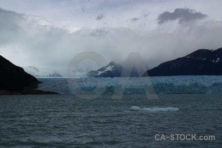 Perito moreno cloud water lake lago argentino.