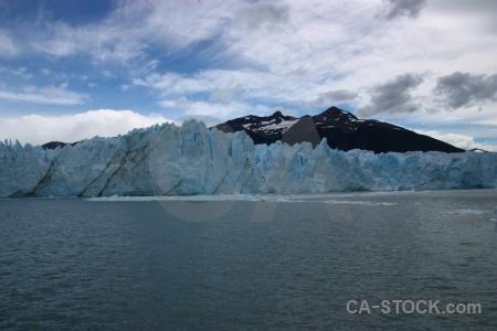 Perito moreno lago argentino argentina water south america.
