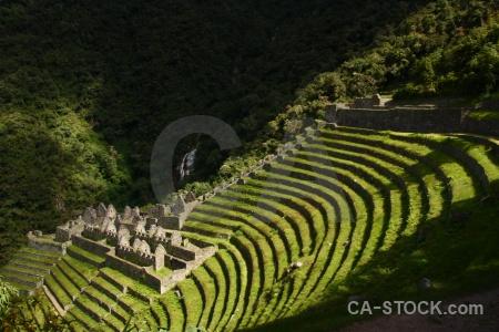 Peru inca andes ruin winay wayna.