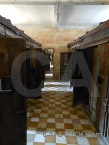 Phnom penh tuol sleng genocide museum prison torture.