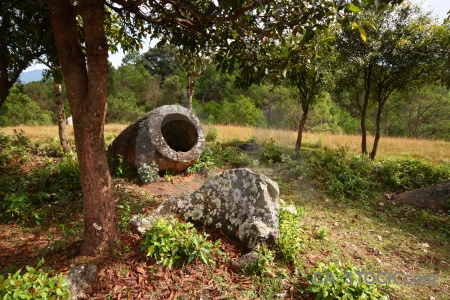 Plain of jars southeast asia site 2 phonsavan megalithic.