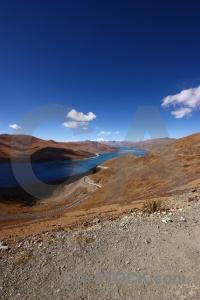 Plateau yamdrok lake altitude yumtso tibet.