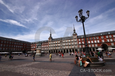 Plaza mayor madrid europe building cloud.