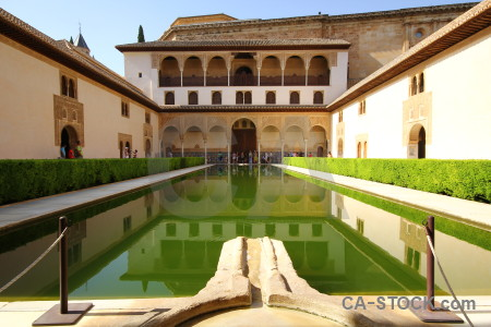 Pool fortress building alhambra basin.
