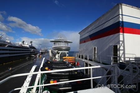 Port ship day 1 boat ushuaia.