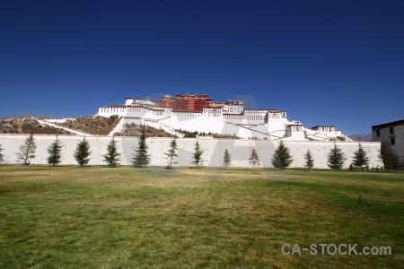 Potala palace grass tibet altitude monastery.