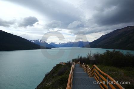 Railing argentina lago argentino patagonia lake.