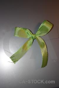 Ribbon object green gray.