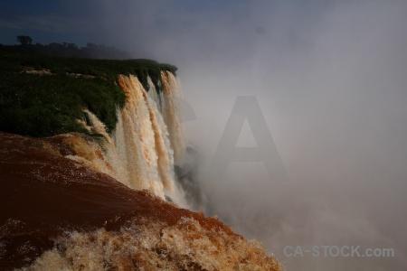 River iguazu falls river iguassu garganta del diablo.