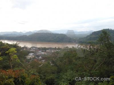 River luang prabang mount phousi unesco phu si.