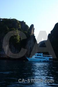 Rock sea ko phi leh boat tropical.