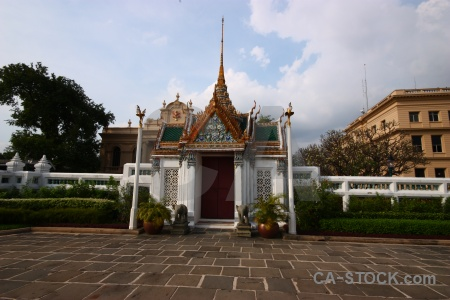 Royal palace thailand grand buddhist ornate.