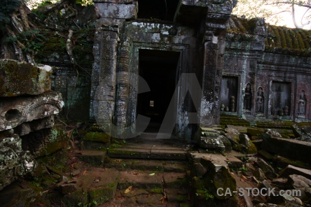 Ruin buddhist asia angkor tomb raider.