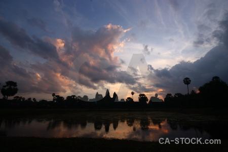 Ruin sunset silhouette preah pisnulok buddhist.