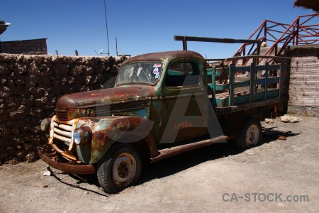 Rust vehicle lorry andes salar de uyuni.