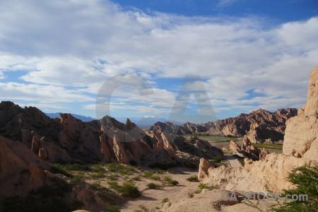 Salta tour 2 landscape south america bush calchaqui valley.