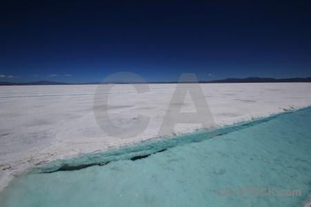 Salta tour salinas grandes salt flat altitude water.