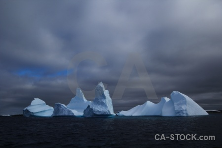 Sea argentine islands wilhelm archipelago antarctic peninsula sky.
