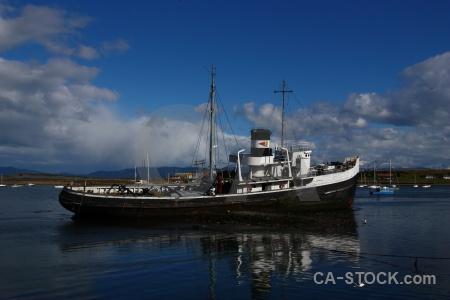 Sea patagonia building argentina boat.