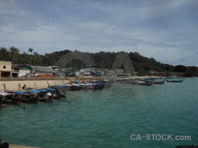 Sea phi island tropical building tonsai bay.