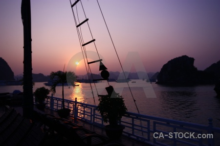Sea vietnam sun unesco vinh ha long.
