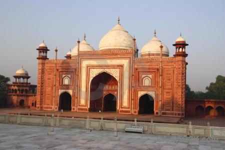 Shah jahan ustad ahmad lahauri india brick mosque.