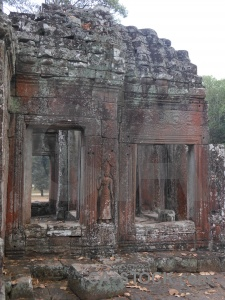 Siem reap window cambodia pillar lichen.