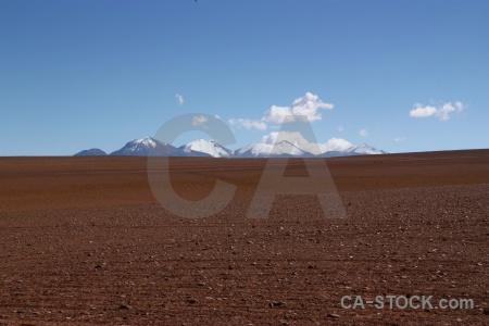 Siloli desert snowcap mountain landscape bolivia.