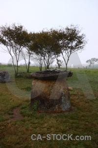 Site 1 phonsavan megalithic jar sky.