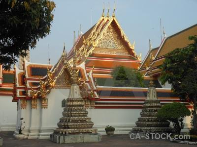 Sky bangkok ornate southeast asia wat phra chettuphon wimon mangkhlaram ratchaworama.