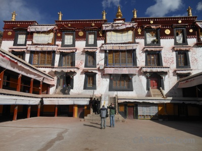 Sky building china step lhasa.