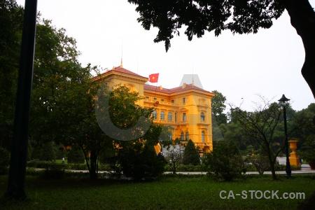 Sky palace vietnam grass presidential.