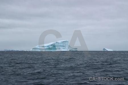 Sky south pole cloud ice antarctic peninsula.