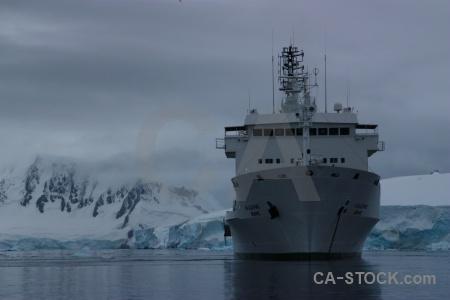 Sky water wiencke island palmer archipelago ship.