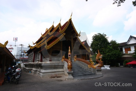 Snake buddhist watsumpow thailand building.