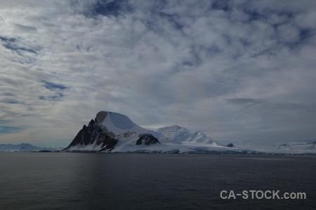 Snow bellingshausen sea south pole snowcap antarctic peninsula.