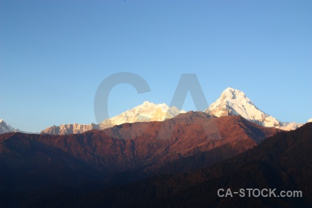 Snowcap sky annapurna south asia trek.