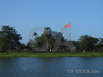 Song huong water perfume river grass flag.