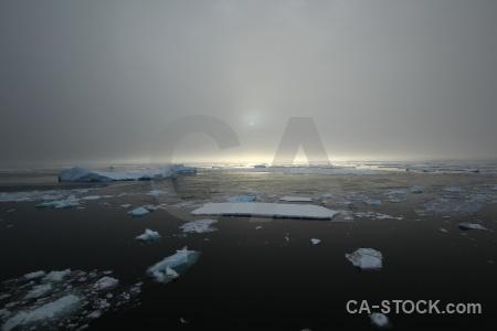 South pole snow day 6 sea ice cloud.