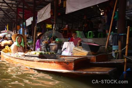 Southeast asia boat building damnoen saduak ton khem.