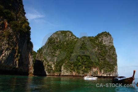 Southeast asia ko phi ley rock loh samah island.