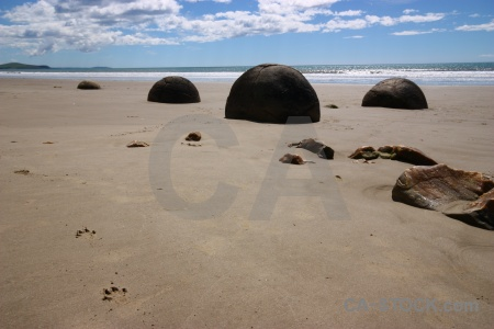 Spherical south island landscape sand moeraki boulders.