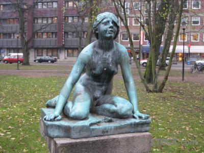 Statue green figure.