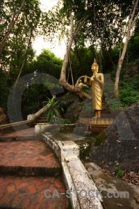 Statue mount phou si phousi step buddha.