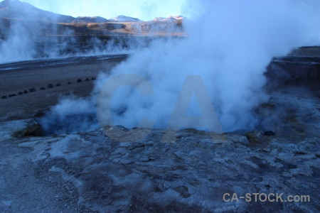 Steam andes chile geyser atacama desert.